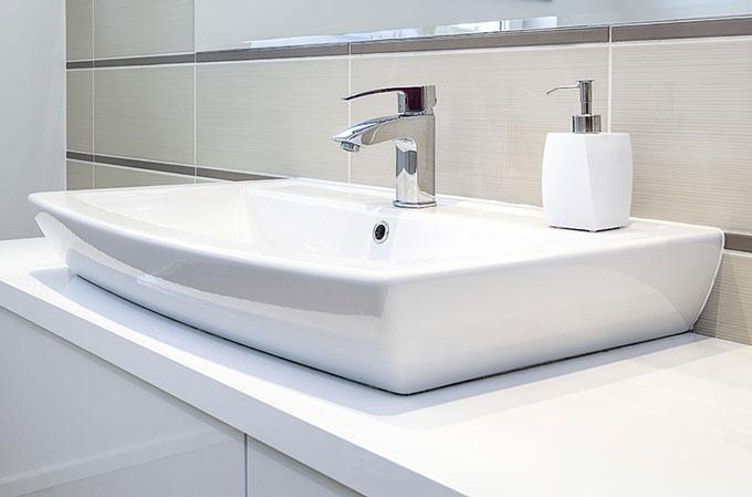 Estalviar aigua al bany