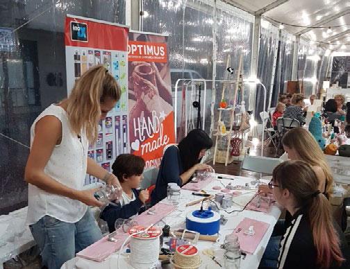 Optimus triunfa en la Fira de Santa Teresa de El Vendrell con sus talleres handmade organizados con Influencers