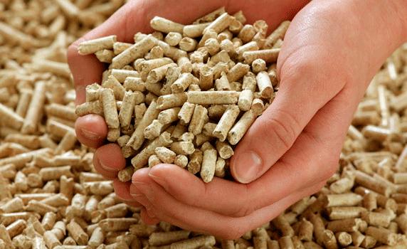 Es poden cremar pellets a estufes de llenya?