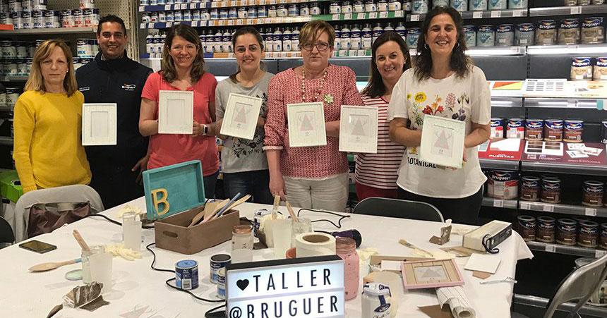 Ferretería Gari-Hogar organiza un taller de pintura junto con Bruguer