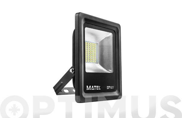 Foco proyector led 50 w 5000 lm luz fría ip65
