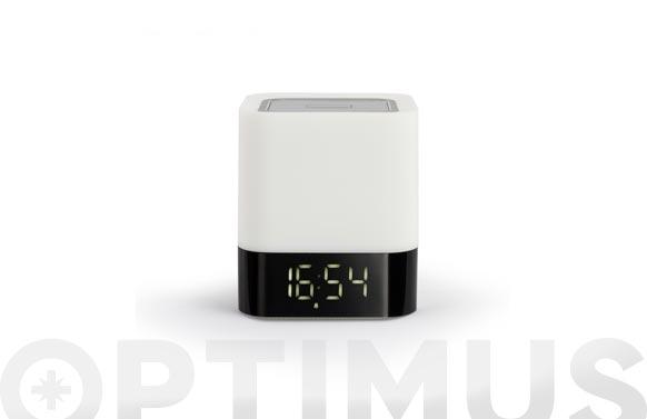 Reloj/despertador digital con lampara táctil