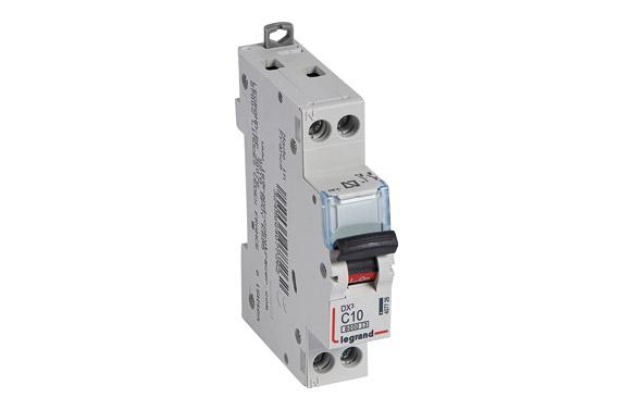 Magnetotermico dx3 p + n c10 1 modulo 6/10ka-p/negra