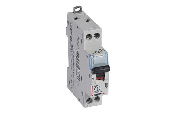 Magnetotermico dx3 p + n c16 1 modulo 6/16ka-p/negra